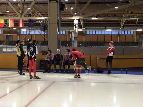 Juniorerne på isen i Berlin.